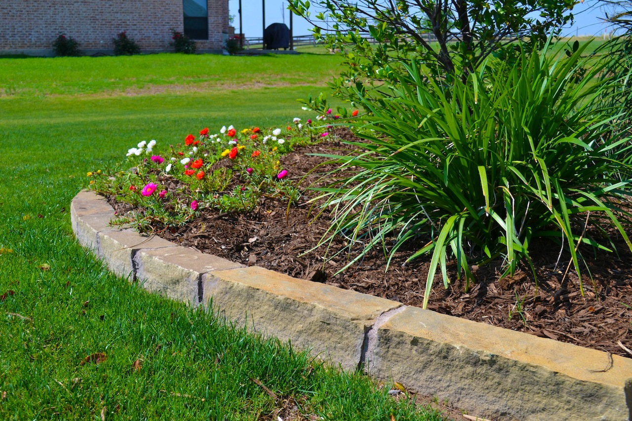 Landscaping lone star lawn landscape for Lawn and landscape